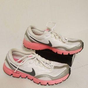 Nike Dual Fusion RN women's running shoes size 10